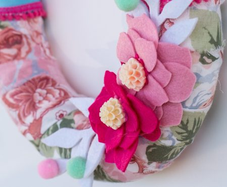 Hooray: I am a finalist at Sizzix Awards with my spring wreath – I need your help!